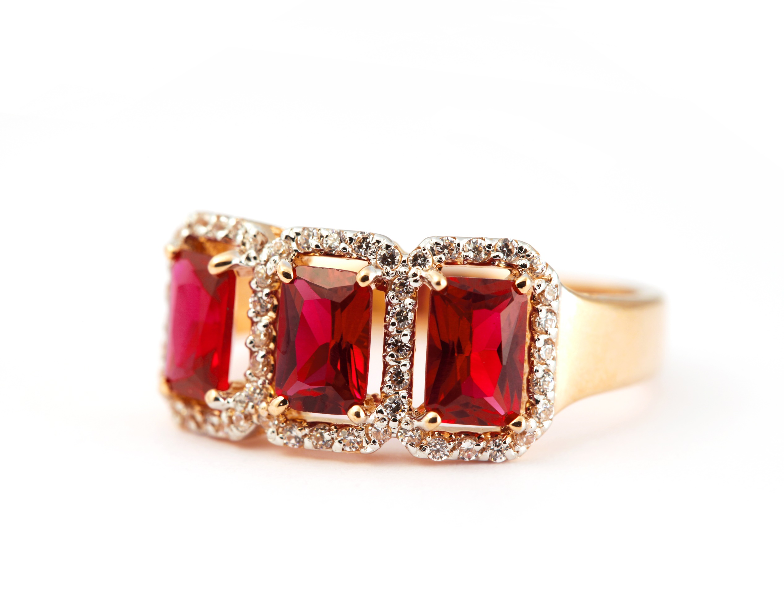 Tips for Consumers for Buying Ruby Jewelry